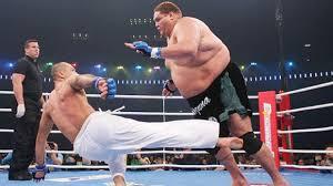 royce vs huge guy